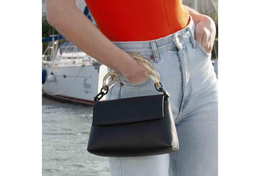 MINI BAG - BLACK & PLASTIC CHAIN - GOLD