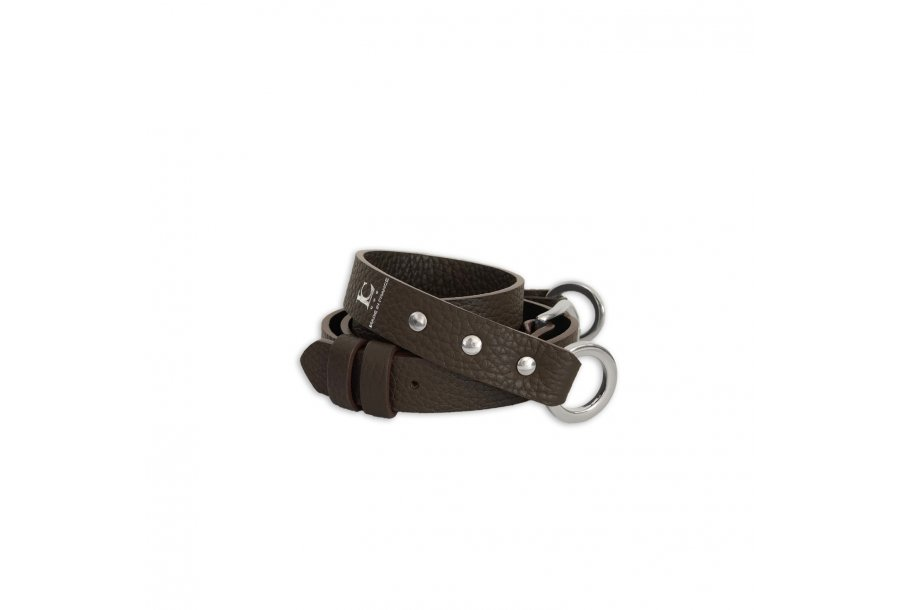 SHOULDER STRAP BUCKLE, IN COFFEE BULCALF LEATHER