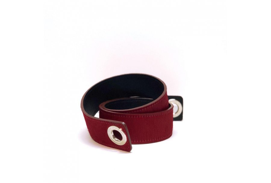 SHOULDER STRAPBUCKLE LARGE 95 - RED PONEY-EFFECT FUR & BLACK CALFSKIN LEATHER