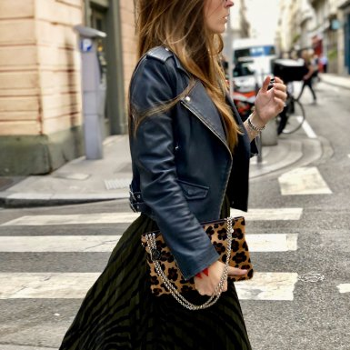 Clutch & shoulder strap: Pony-effect fur with camel leopard pattern