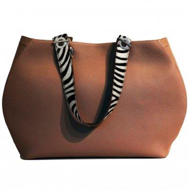 SHOPPING BAG 48H - CAMEL & SHOULDER-CARRY HANDLE - BLACK AND WHITE ZEBRA
