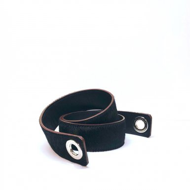 Shoulder strapbuckle Large, in Black poney-effect fur