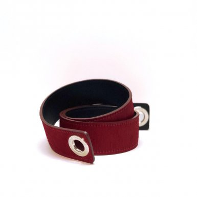 SHOULDER STRAPBUCKLE LARGE, IN RED PONEY-EFFECT FUR & BLACK CALFSKIN LEATHER